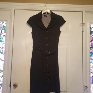 Tahari Dress 8 black and tan pinstripe w/ belt